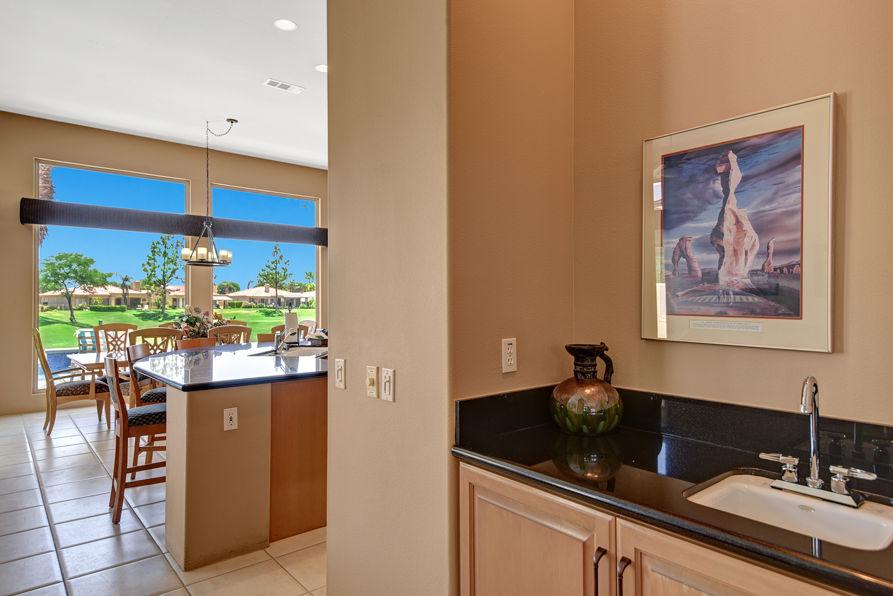 A8B456FF-BF3E-B975-1EE63F77ECF85F57-WET BAR TO KITCHEN RS.jpg